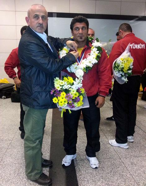 Dünya Vücut Geliştirme Şampiyonu - Mahmut IRMAK